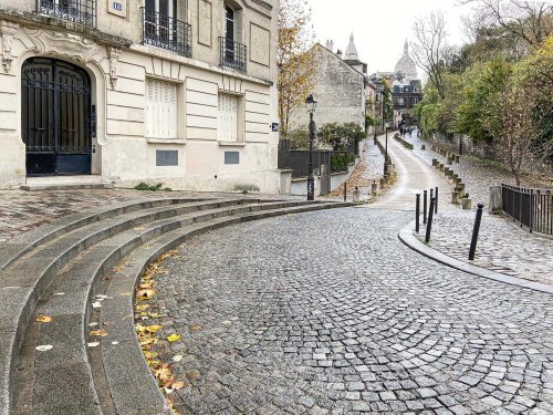 Road in Montmartre